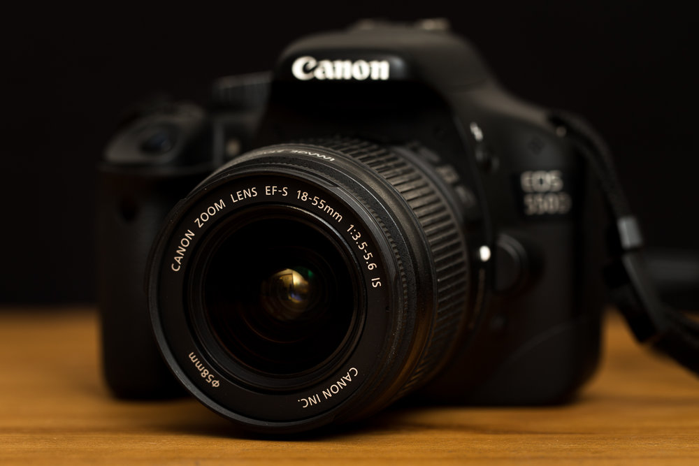 Canon 550D 18-55 IS