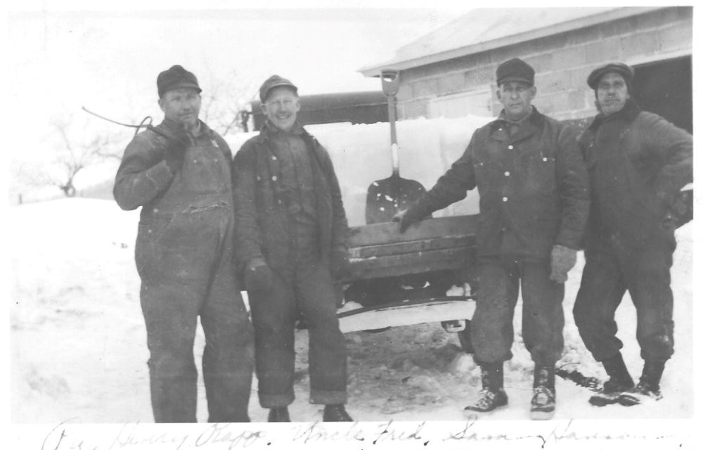 Harvesting ice on Lake Pepin. Without refrigeration options, ice was harvested and stored year-round for transporting fish.