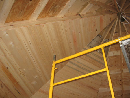 Small orb barely visible on side of rafter near the top.