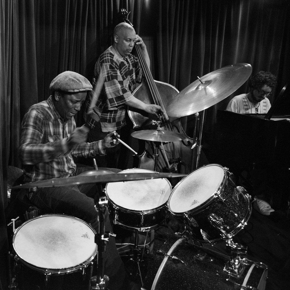 Crash Trio, 2017