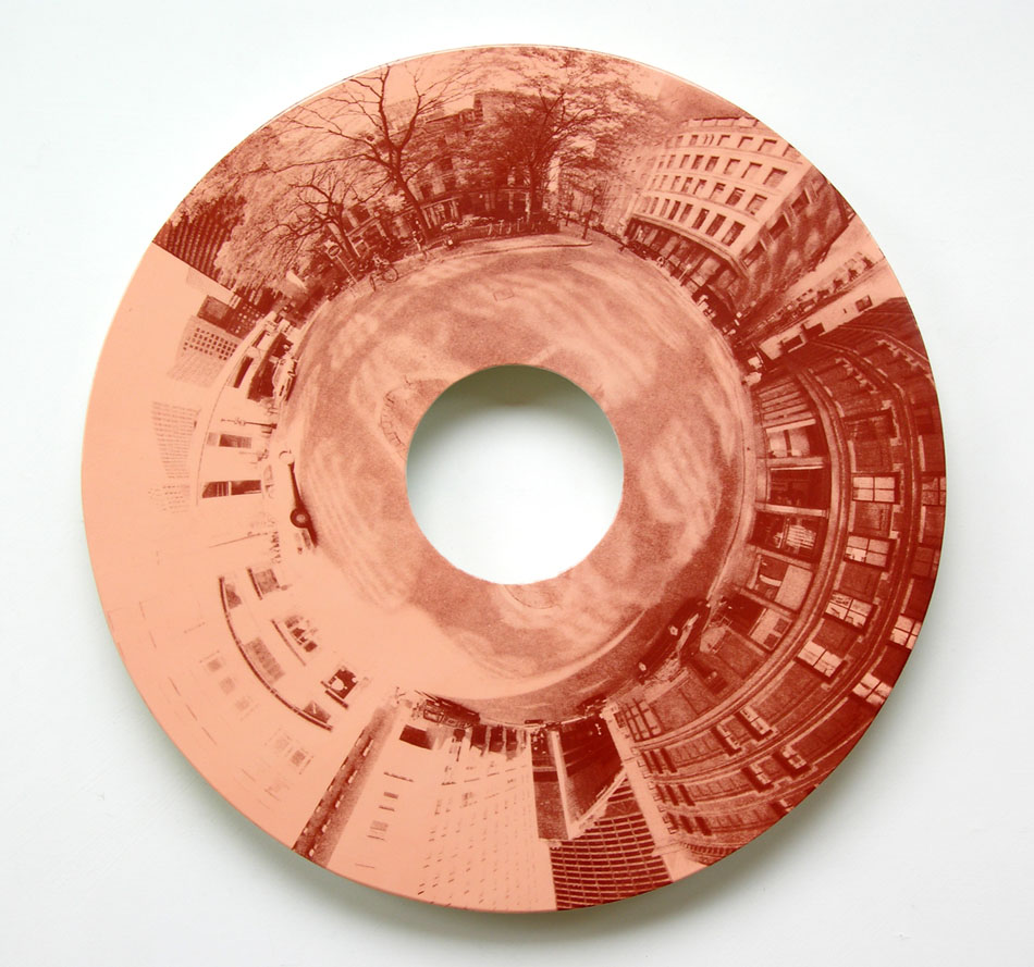 "Winthrop Square 21"" diameter x 2"" deep"