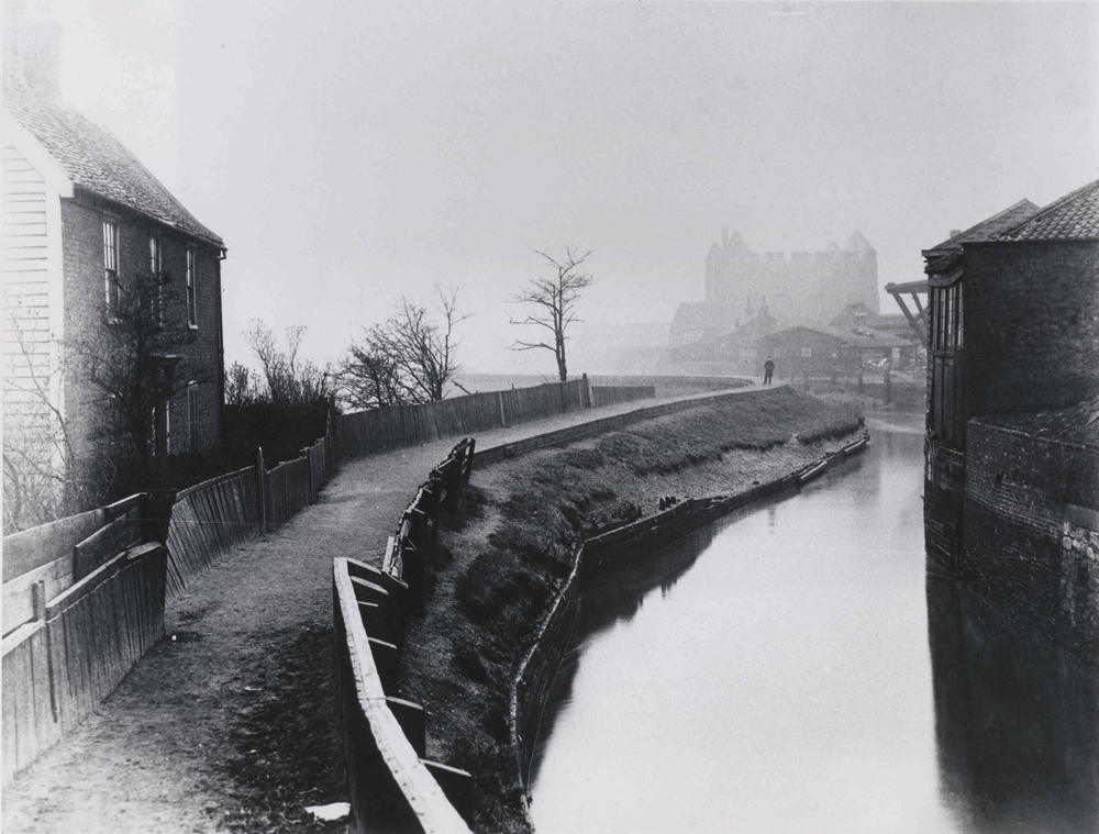 Lea Valley, Three Mills, London (1900) Source:  ActiveHistory.ca