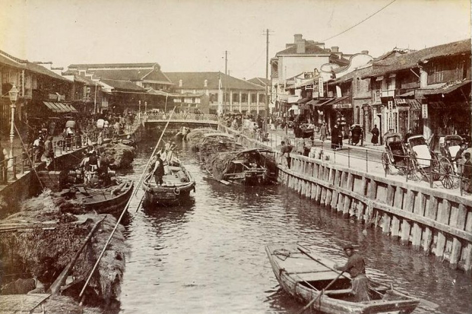 Historic Suzhou Creek, Bustling Trade Port Source:  Cultural-China.com