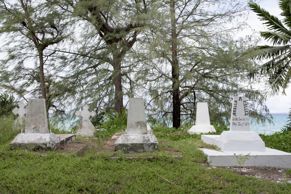 Cemetery, Jebu, Arno Atoll (2015)
