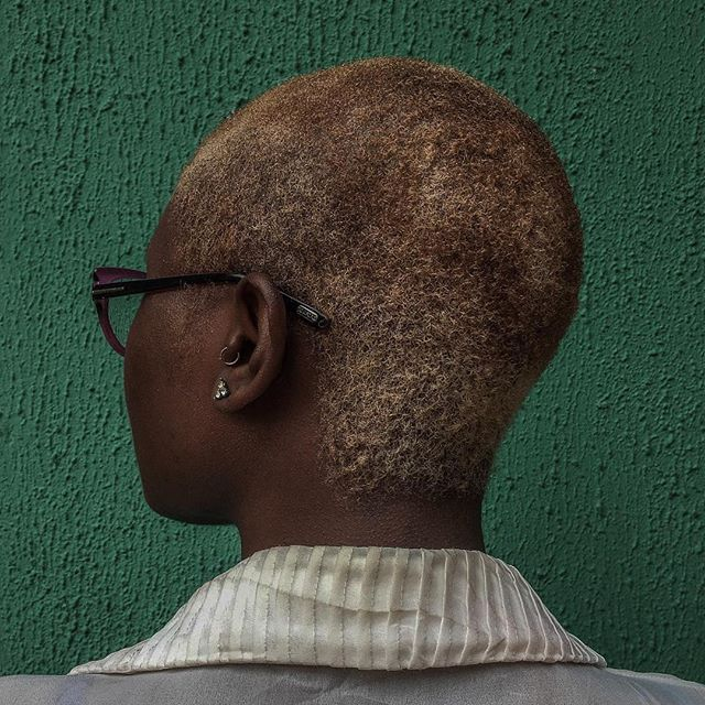 "Reposting @yagazieemezi:⠀ ""I had a Britney moment. I've always been terrified of having short hair. When my grandfather died, they forced us to shave our hair. It felt like they had more power than I did over my own body. December was a really tough month and with the new year approaching, I wanted to have more control. Cutting my hair myself this time around felt more like I was taking back control of everything happening in my life. - @global_addict ⠀ #yagazieemezi #lagos #nigeria #everydayafrica #everydayeverywhere #documentaryphotography #coiffureinafrica #streetphotography""⠀ Want to support 💪🏾 african photographers 📷 ? You can. CARING IS GOOD. Follow the artist and 👉🏽 @moadiga  #fineartphotography #africancontemporaryart #contemporaryafricanart #africanart #contemporaryart #photography #africanphotography #artphotography #moadiga #paris #brussels  Moadiga promotes African photography for free. No commercialization done without artist and gallery agreement."