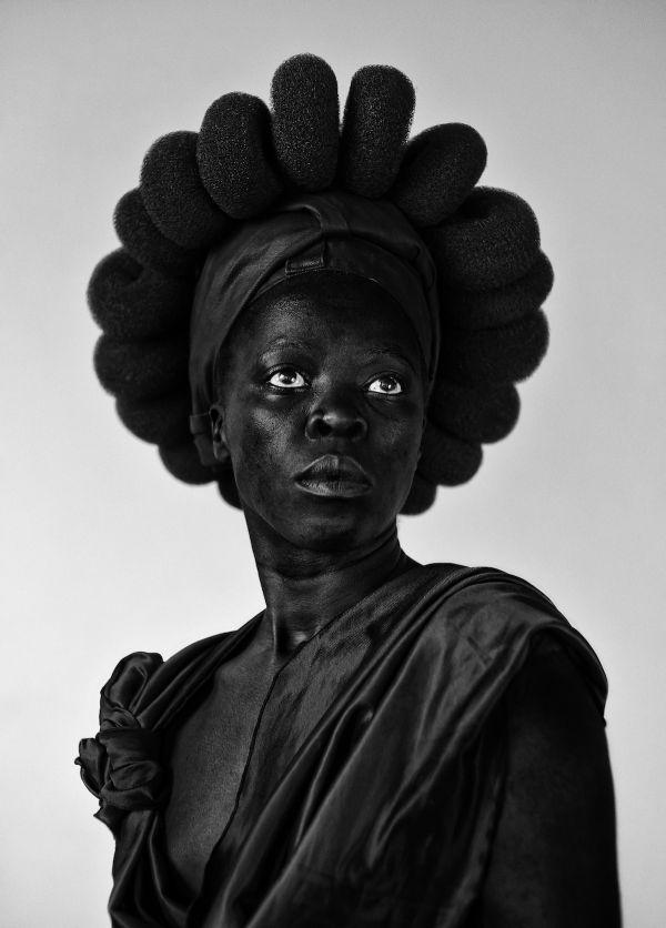 Zanele Muholi, née en 1972 à Durban