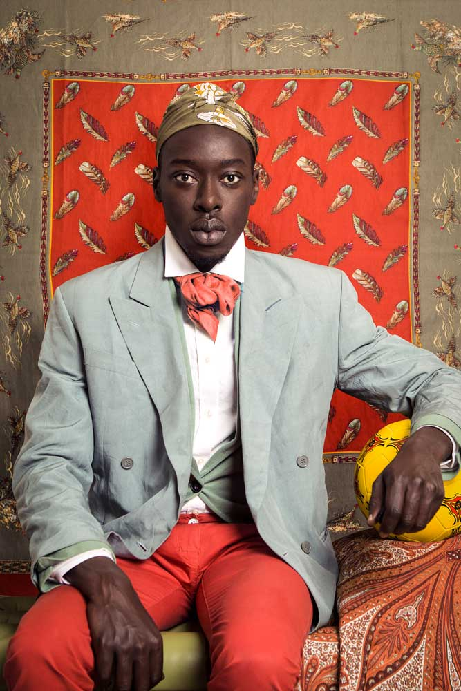 Omar Victor Diop, né en 1980 à Dakar