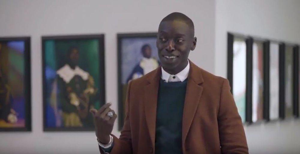"""Omar Victor Diop expliquant l'inspiration et la réalisation derrière sa série """"Diaspora"""""""