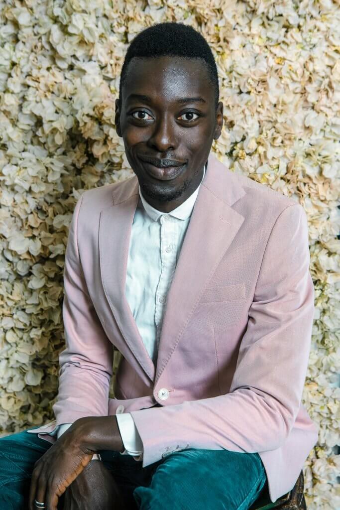 Omar Victor Diop est un photographe africain né en 1980 à Dakar, Sénégal. Sa formation se fait en École supérieure de commerce de Paris. Il a été nominé au 2015 Discovery award aux Rencontre d'Arles.