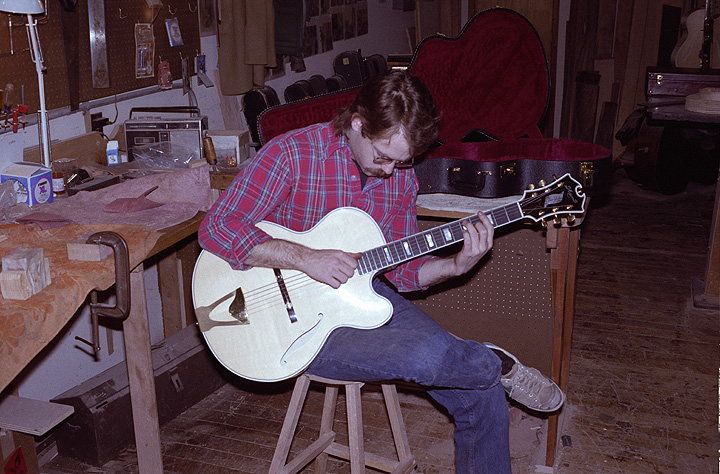 borys_guitars_friends_33.jpg