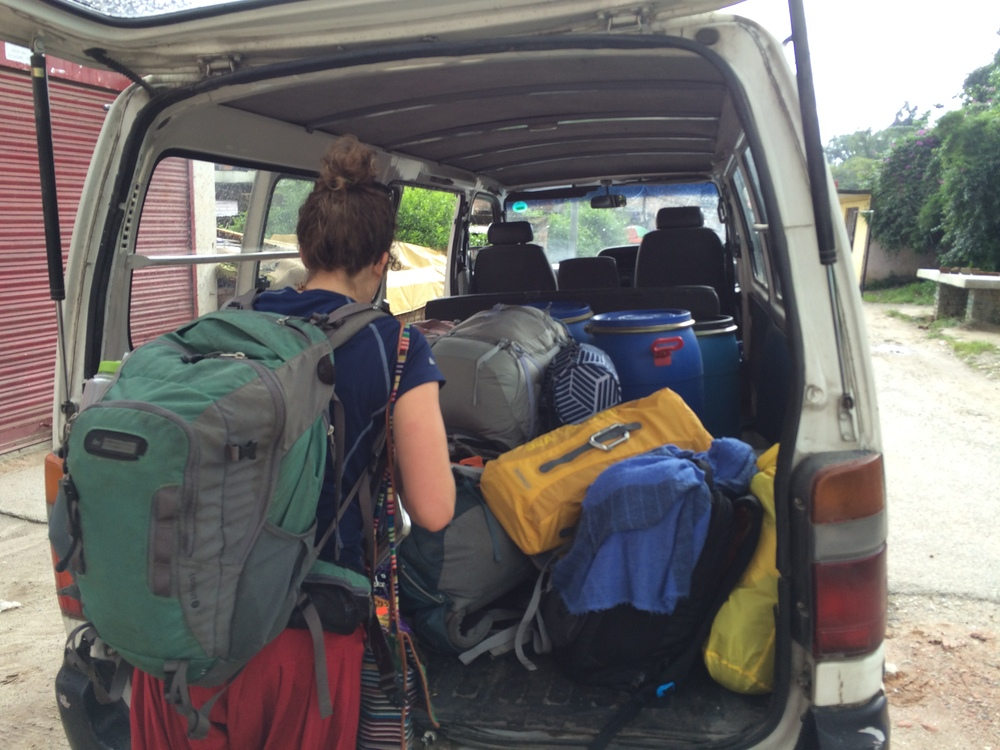 Loading up the Fulbright van to head off to homestays