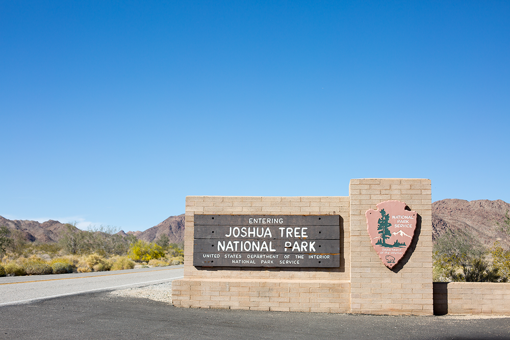 joshua tree national park entrance sign