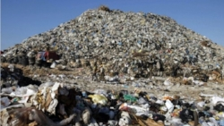 mount-garbage-lebanon-e1452440882728.jpg