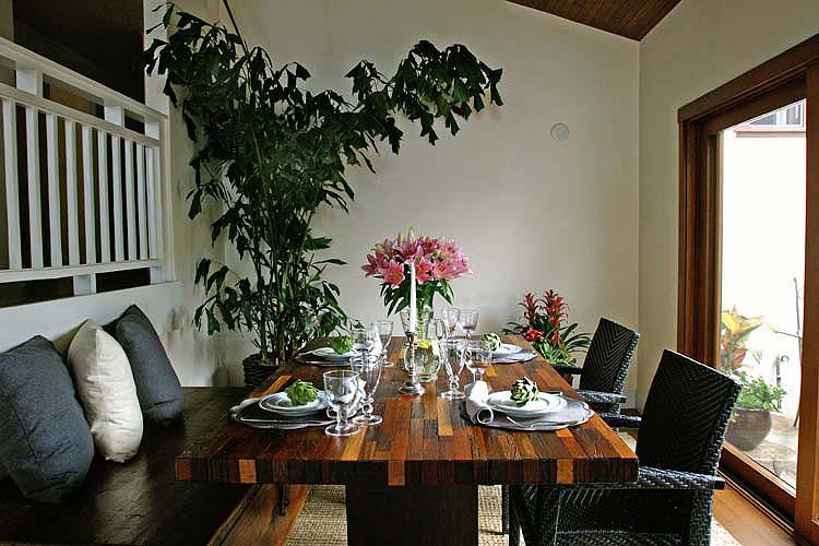 Dining-Room-1618-Grand.jpg
