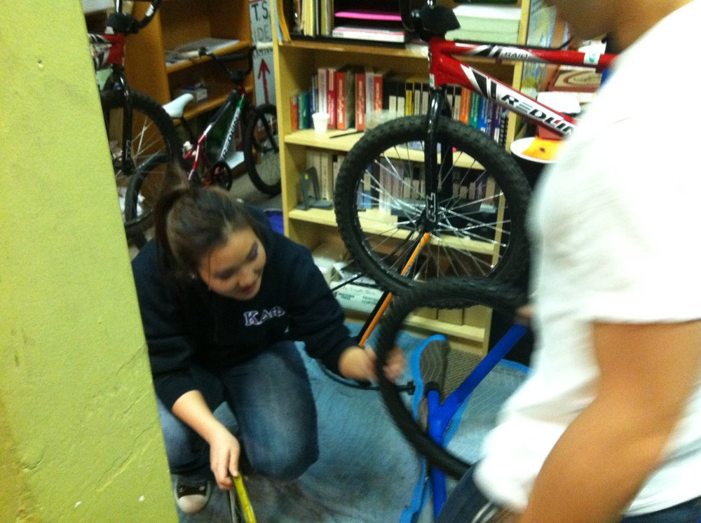 bicycle-maintenance-party_6530019757_o.jpg
