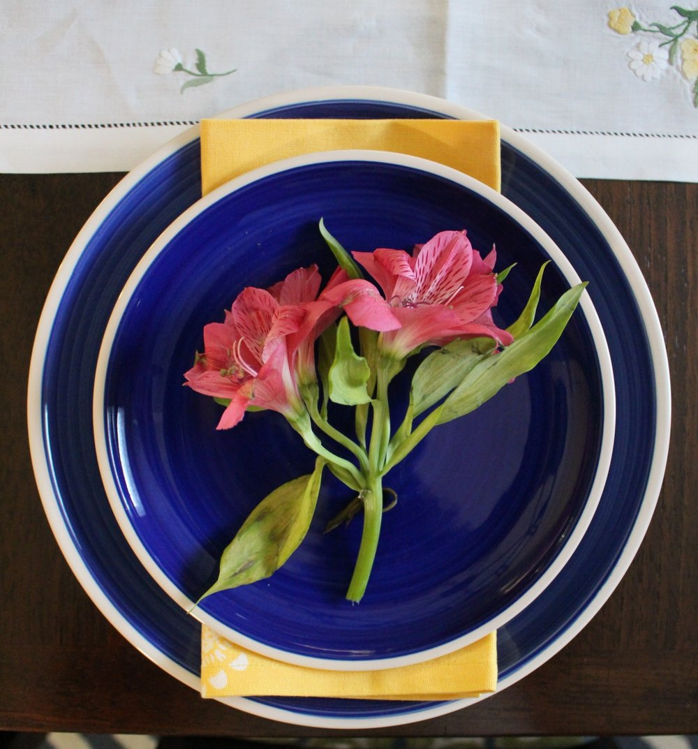 spring flowers table