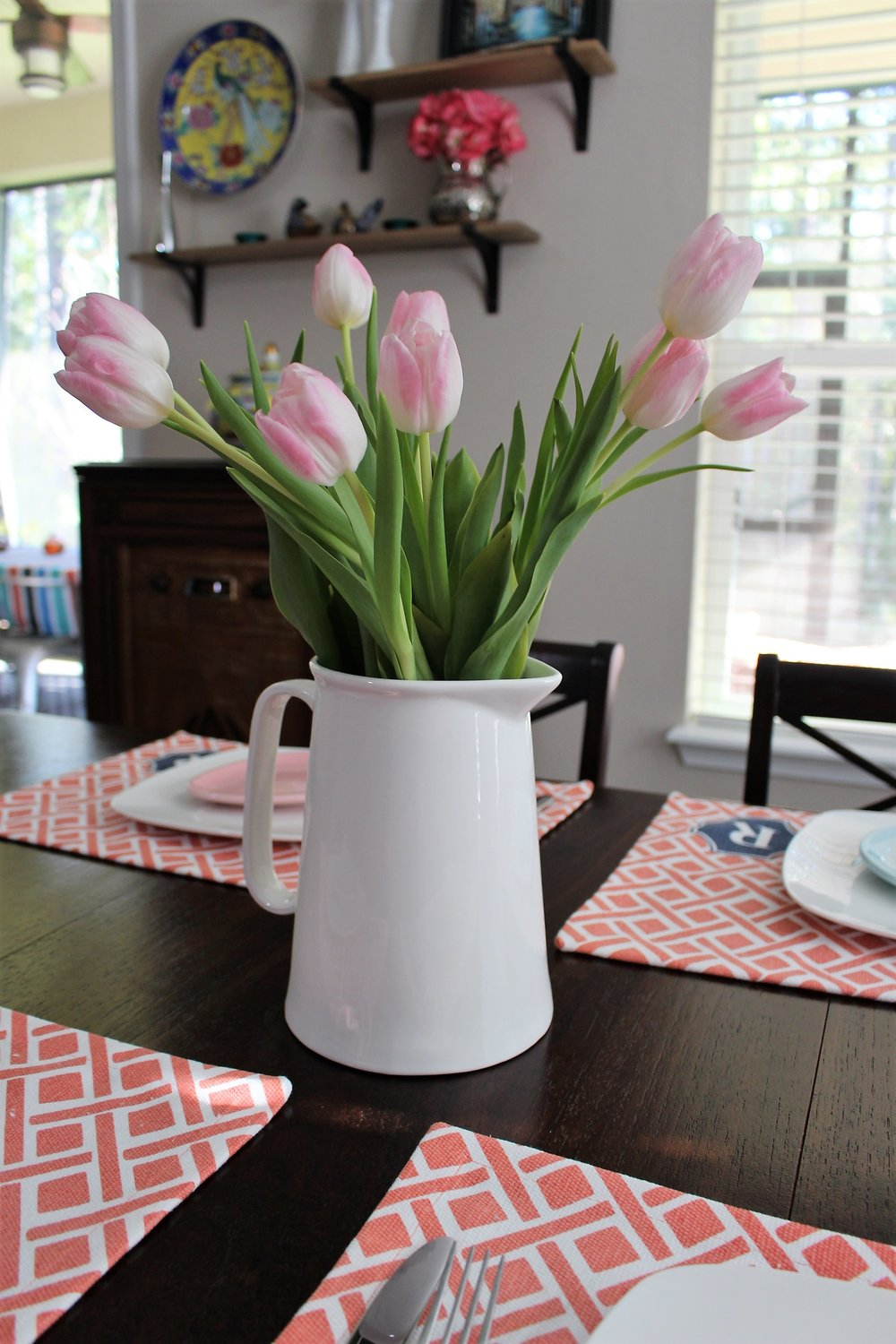 Tulip tablescape
