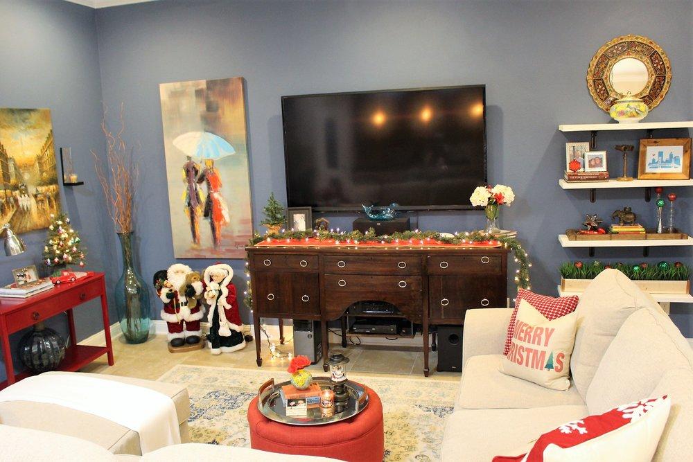 Great Room Christmas Decor