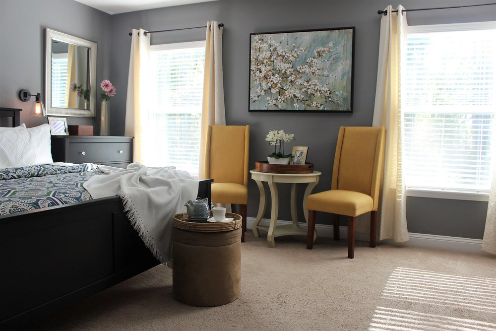 Master Bedroom Winter Decorating