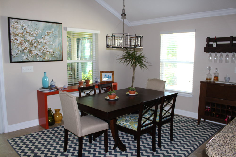 colorful dining room decor