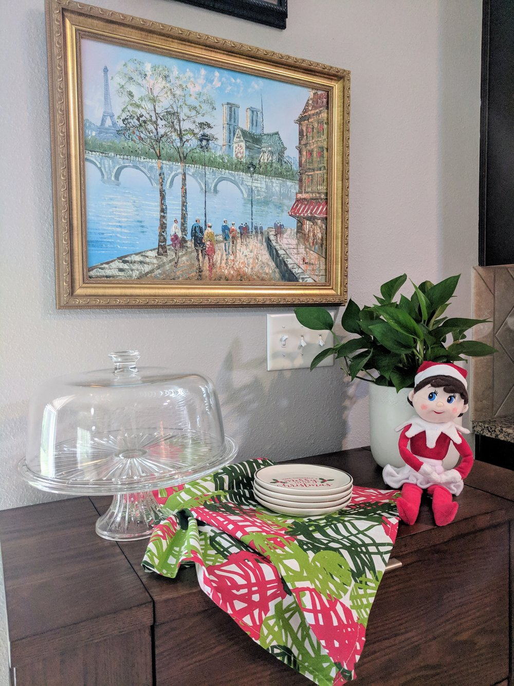 Dining Room Decor for the holidays