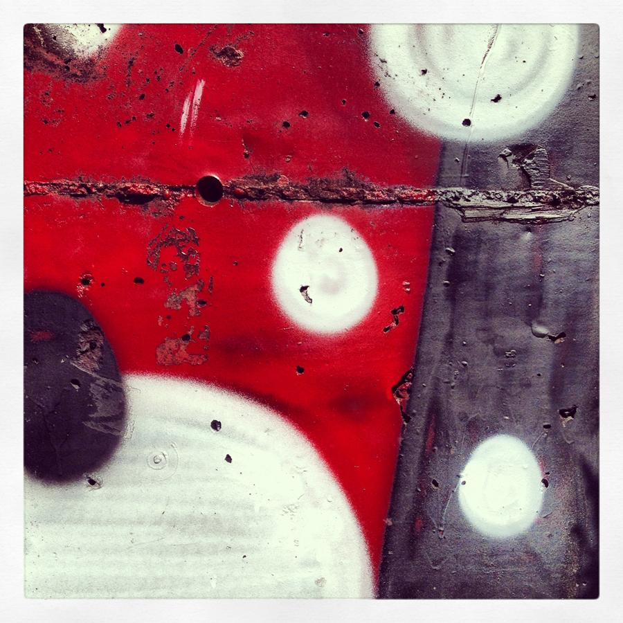 graffitiDOTS.jpg