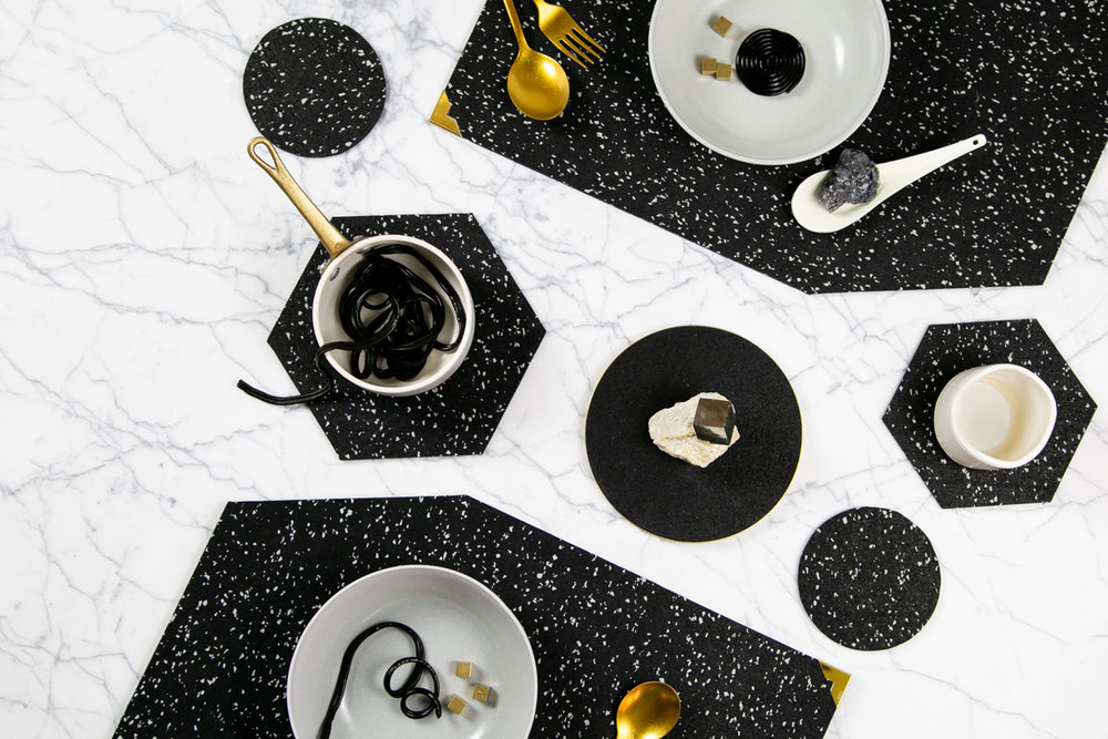 Dinner Setting in Speckled Black