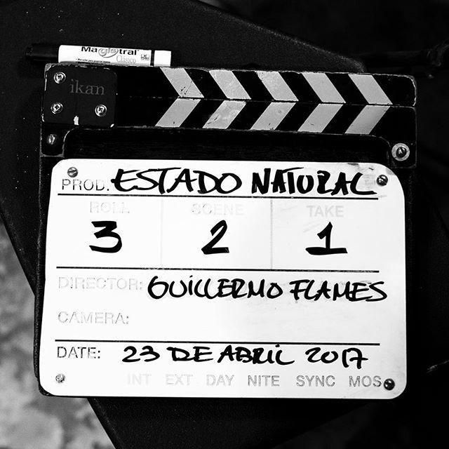 un equipo increíble nos ayudó a realizar el videoclip para Estado Natural 🌿 — lo pueden ver en el link de la bio. gracias 🙏🏼 @fertosky @angelapatino @fleshfilms @llam4s @izraelmoreno