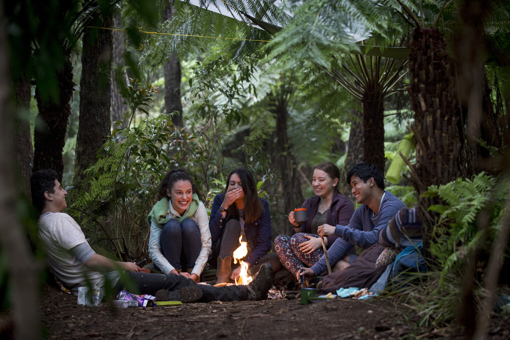 Ep 1 GN 396 (L-R) Narek Arman as Homer_Madeleine Clunies- Ross as Fiona_Molly Daniels as Ellie_Fantine Banulski as Robyn & Jon Prasida as Lee in TWTWB. An Ambience Entertainment Production for ABC3. Photo Greg Noakes.jpg