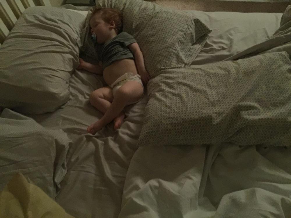 Tiny bed thief