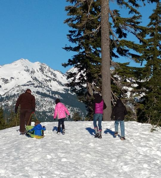 climbing mount baker in snow.jpg
