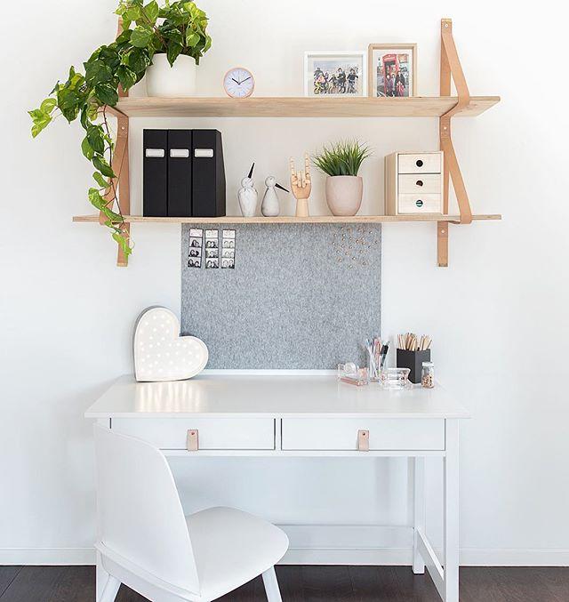 Made to inspire ones homework ... 📚🤓 #deskzone #studyzone #tween #tweens #tweendesk #kidsdesk @mintymagazine 📸 @rachelwintonphotography