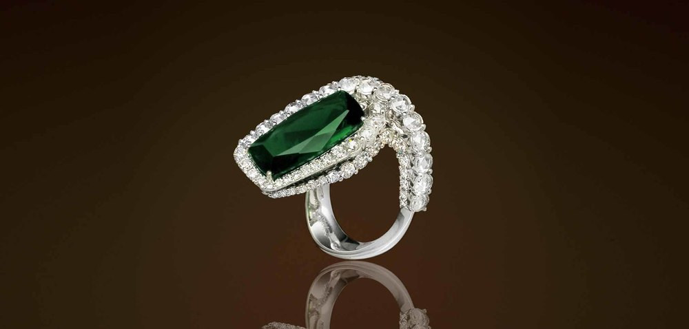 JJewels Emerald Ring | Van Gundys