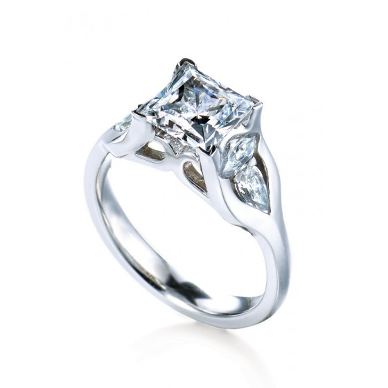 Maevona Ring | Camarillo CA Jewelers | Van Gundy Jewelers