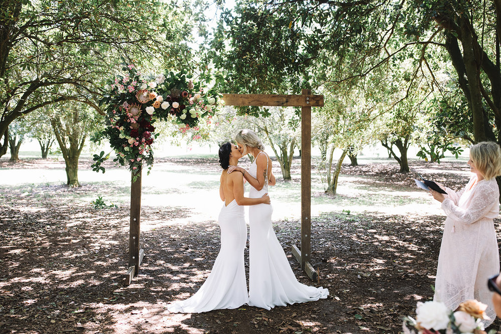 Ash & Amber, married at The Farm, Byron Bay. Photo by Carly Tia Photography.