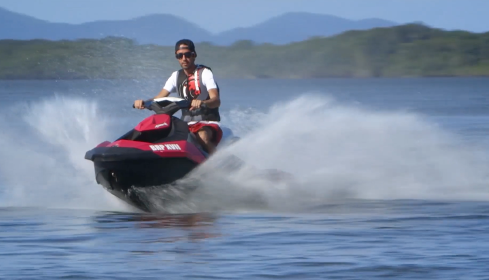 "as  CINEMATOGRAPHER                                                                                                                                                                       GREEN MOTION FILMES     PRINT   SCENE ""SEA-DOO SPARK"" COR. 2015 '15"