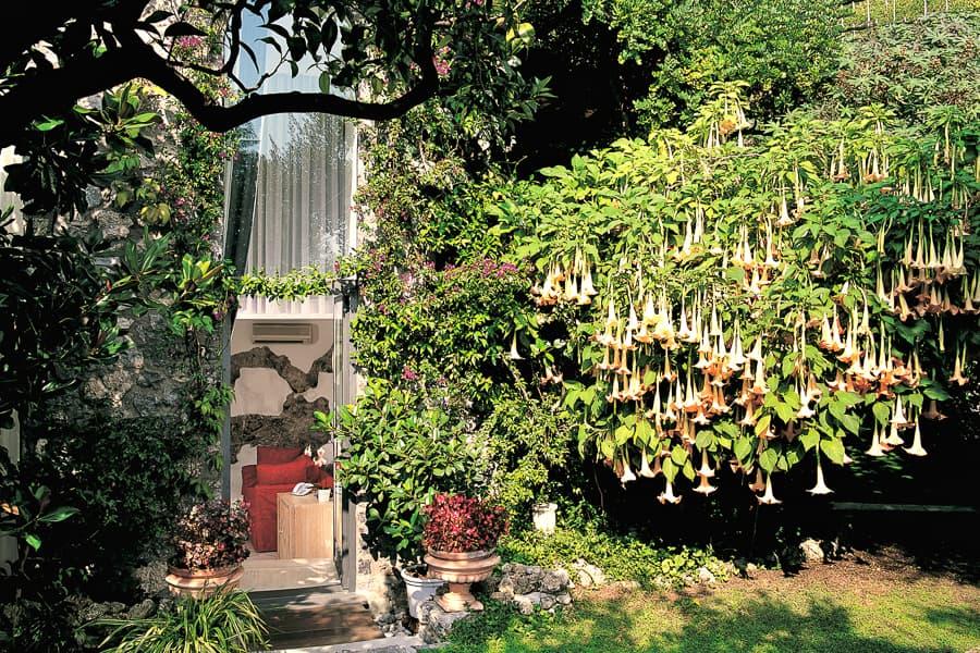 Hotel  Santa Caterina's  botanic gardens