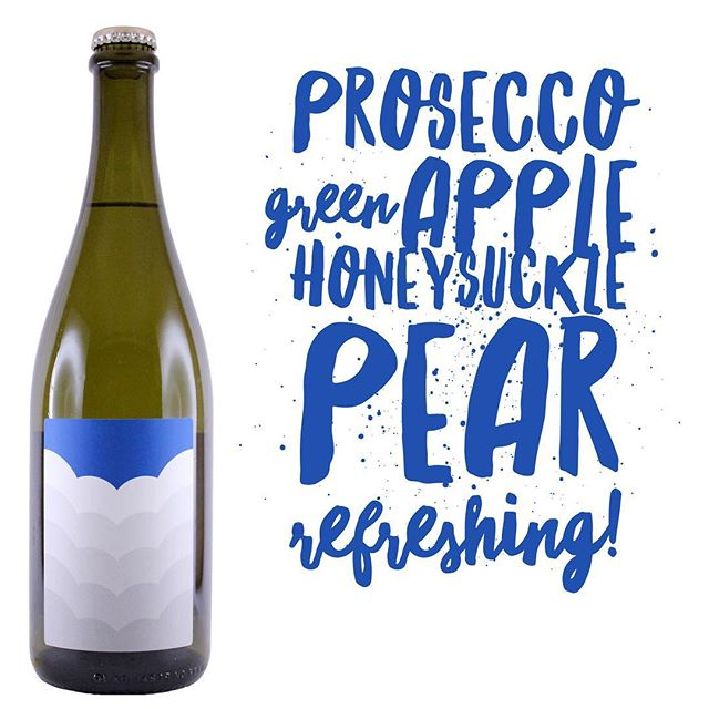 Prosecco. Not just for special occasions, Prosecco is a great drink for any occasion. Add a dash of Aperol or Campari and a splash of soda for a refreshing Spritz. #prosecco #glera #sparkling #rangelifewine #spritz #aperitivo #aperitif #kingvalley #kingvalleywines