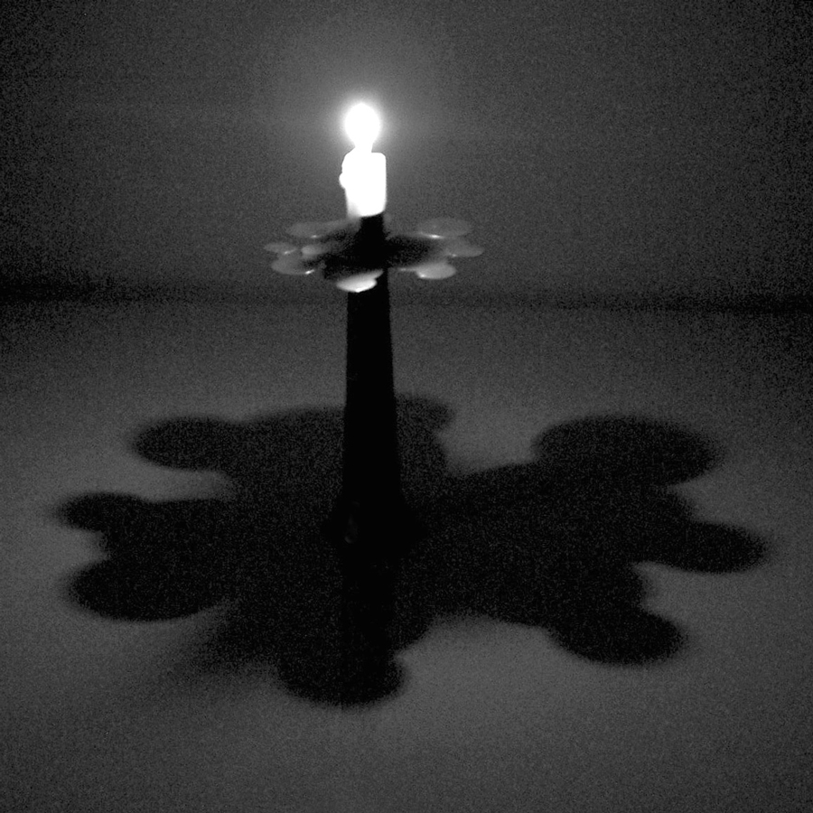 skugga_candle.jpg