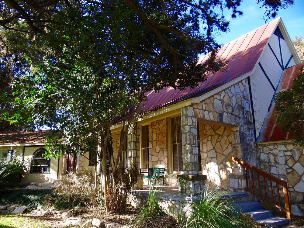 Ranch House Suites