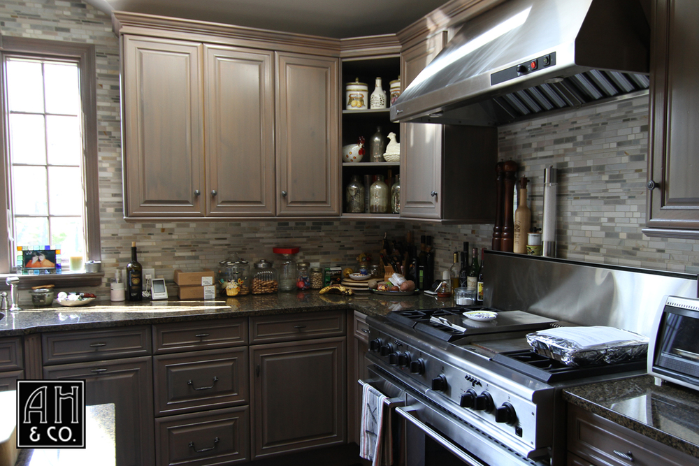 SHORT HILLS,NJ REFINISHED KITCHEN CABINETS IN A 2 COLOR GRAY GLAZE TREATMENT