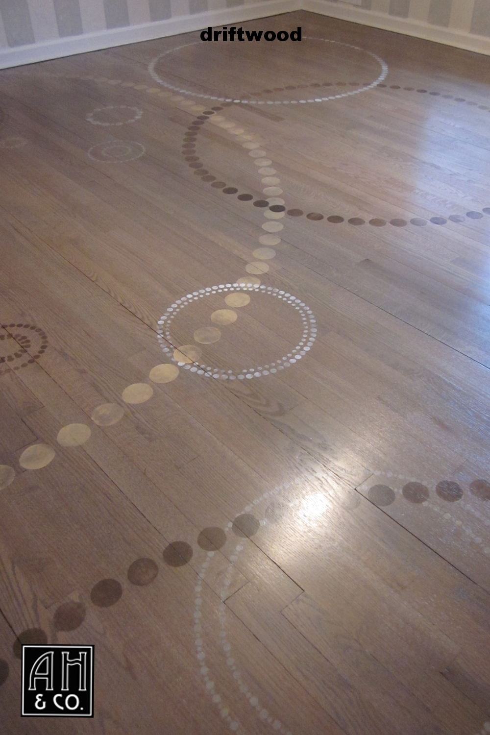 DRIFTWOOD CIRCLE PATTERN WOOD FLOOR TREATMENT
