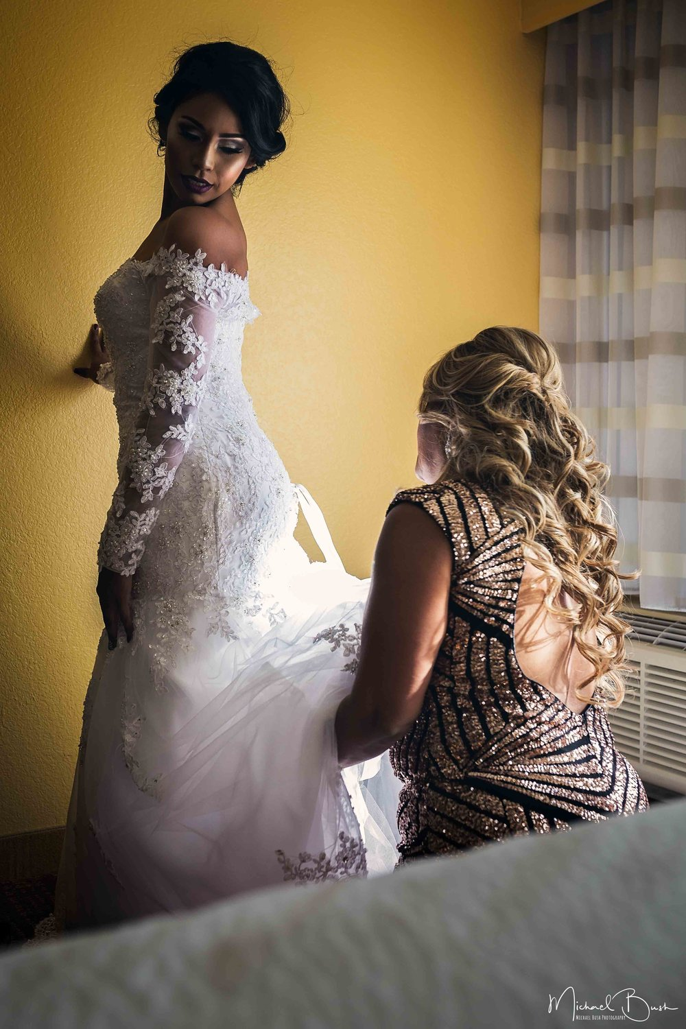 Wedding-Details-Bride-Fort Worth-colors-Getting Ready-MUA-brides-motherofbride-mother-weddingdress.jpg