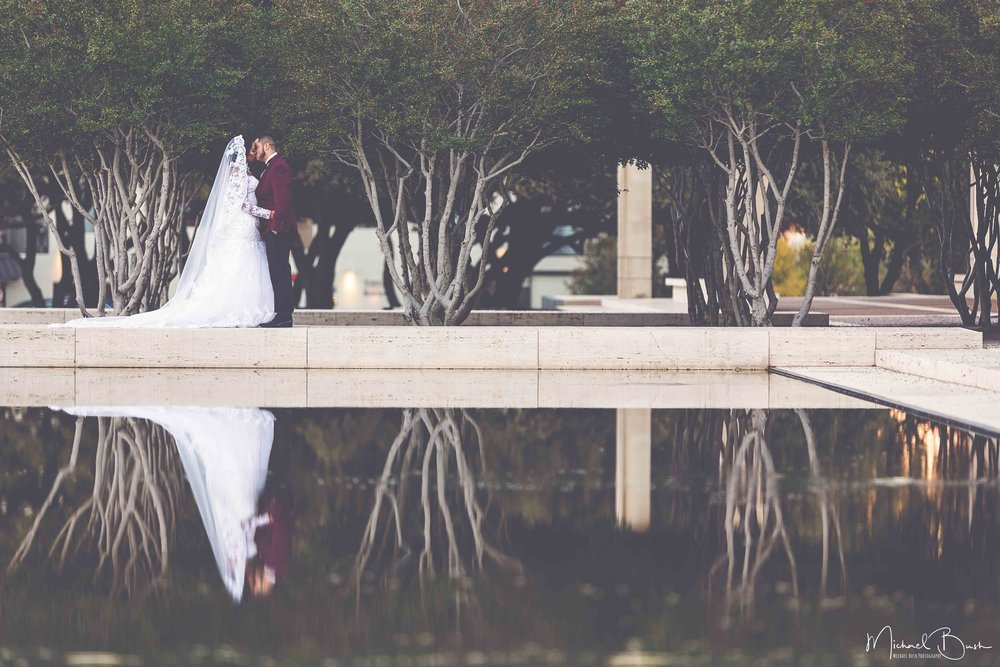 Wedding-relections-forest-whimsical-kimaball-art-musuem.jpg