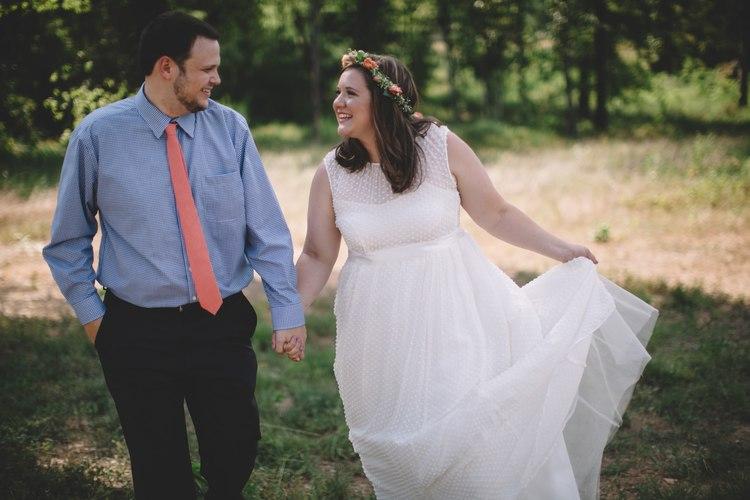 bright+cherry+arkansas+wedding (4).jpeg