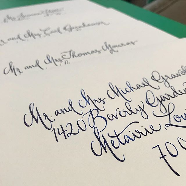 Loving these Monday blues 💙💌🖋 #happyhaus #navycalligraphy