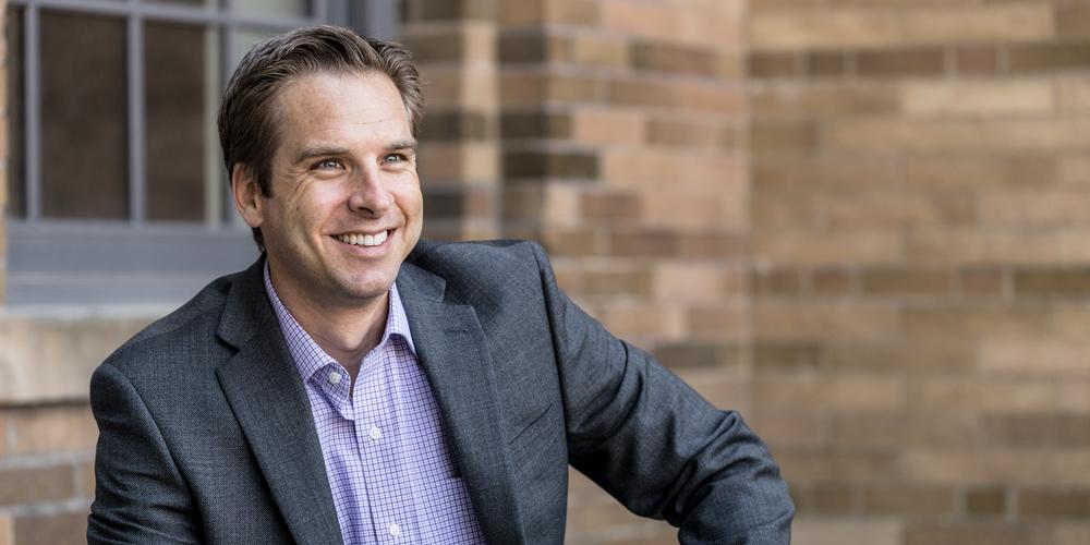 CRAIG LEONARD Investment Director