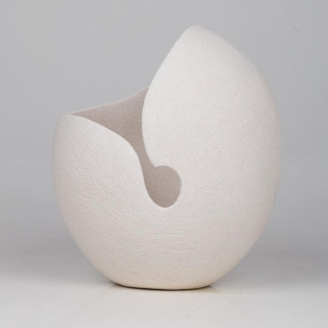 Beautiful ceramics at @gallery57_arundel - Risacca 1 - handbuilt with sculptural quality clay - Chiara Vagnarelli #chiaravagnarelliceramics Photo: Sophie Haslam #artist #art #fineart #design #media #fashion #installation #creative #consultancy #coaching #mentoring #inspirational #photography #business #positivity #instamood #instagood #instadaily #instaart #instaartist #inspiration  #instahappy #motivation #painting #modernart #ceramics #abstractart #gallery #artgallery