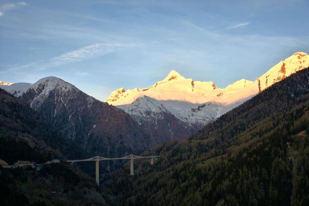 958i Ganterbrücke.Simplon.Christian Menn.Bortelhorn 3194-2.jpg
