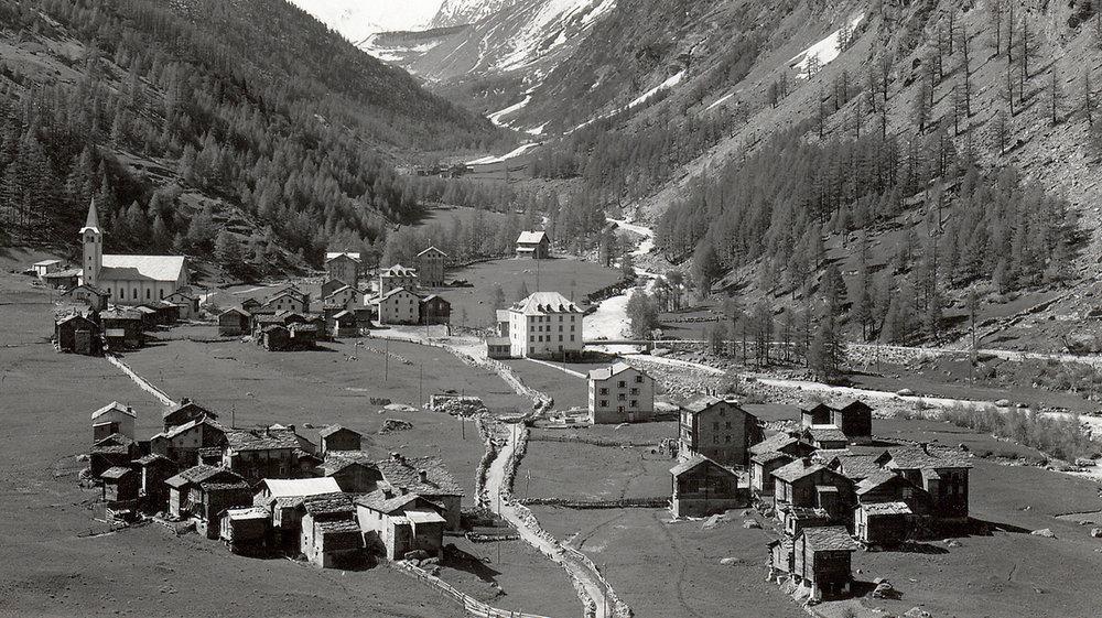 1184 Saas Almagell.before dam construction.jpg